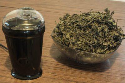 preparing dried salvia leaves